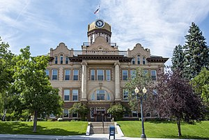 Fergus County Courthouse in Lewistown