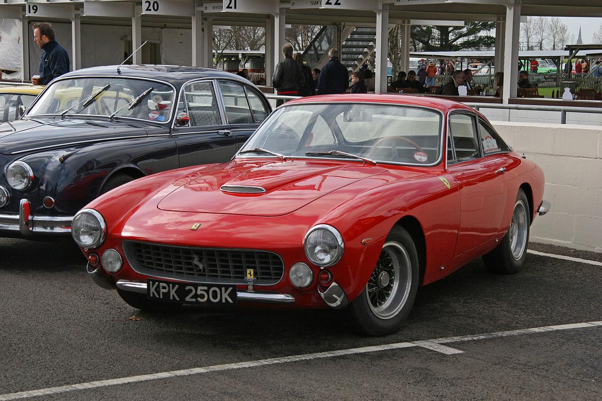 Ferrari berlinetta lusso