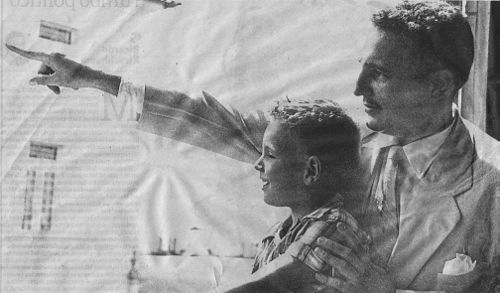 Castro with his son Angel in 1954 Fidel castro angel 1954.jpg