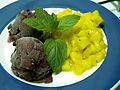 Flickr - cyclonebill - Blåbæris med mangosalsa.jpg