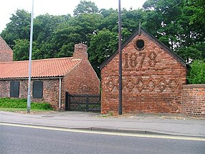 Acklam, Middlesbrough - Image: Former Blacksmiths, Acklam Road