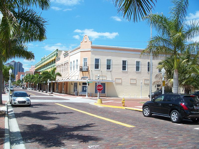 File:Fort Myers FL Downtown HD street03.jpg