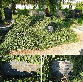František Halas - Grave of František Halas in Kunštát