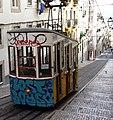 Funicular in Lisbon 3.jpg