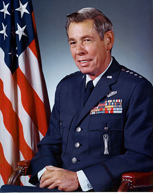 Richard H. Ellis - Official portrait of General Richard H. Ellis, CINCSAC