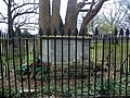 GOC Watton-at-Stone 031 Grimston's tomb, St Peter's Church, Tewin (27521072636).jpg