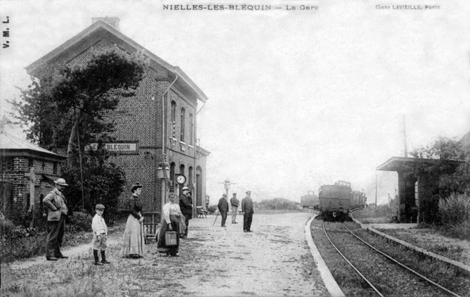 L'intérieur de la gare au début des années 1900.