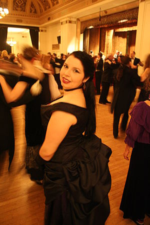Vintage dance - A dancer at the Gaskell Ball, an event of a vintage dance society