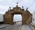 Gate to the coast - Cadiz, Spain - panoramio.jpg