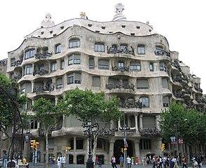 Gaudi p2.jpg