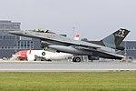 General Dynamics F-16AM '277' (42234261465).jpg