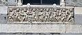 Genova san matteo, facciata, sarcofago tardoromano con allegoria della'utunno.JPG