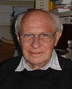 George Szekeres - George Szekeres, 2001