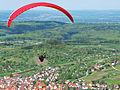 Gleitschirmflieger nach dem Start (1).jpg