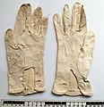 Gloves, 3 pairs (AM 1979.118-6).jpg