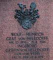 Grabsteininschrift von Wolf-Heinrich Graf von Helldorff und Ingeborg Gräfin von Helldorff.jpg
