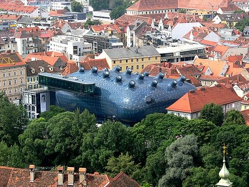 Graz Kunsthaus vom Schlossberg