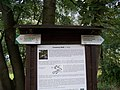 Greenway Botič, směrovky a infotabule U břehu.jpg