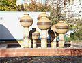 Großer Keramikbrunnen FAS 2012-10-30 ama fec.jpg