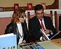 Guillermo Fernández Vara y Carmen Heras en un acto de apoyo a Cáceres 2016 (4643840935).jpg