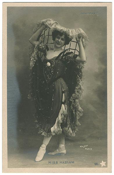File:HASLAM, Miss W Étoile. 3. Alcazar d'été. Photo Waléry.jpg