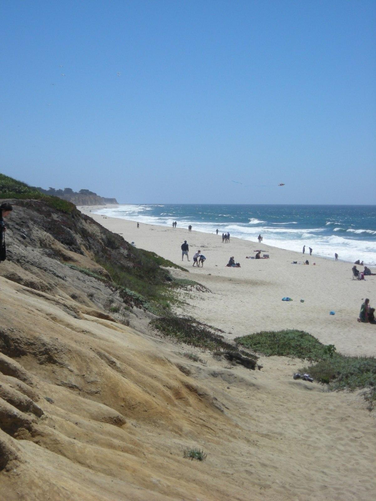 Half Moon Bay State Beach - Wikipedia