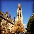 Harkness Tower Yale Fall 2014.jpg