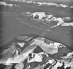Harriman Fjord, hanging glaciers, Mount Doran, August 22, 1979 (GLACIERS 5065).jpg