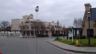 Oakdale, California - South Sierra Avenue