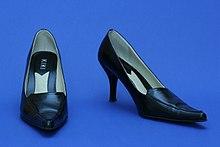 Schuhe Die vollständigen Informationen und Online Verkauf