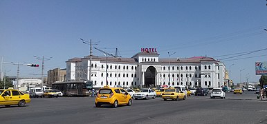 Hotel in Rudaki and Dahbed Streets in Samarkand