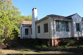 Griffith, Australian Capital Territory - House at corner of Murray and Grant Crescents
