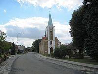Hruška (PV), náves.jpg