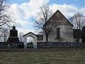 Husby-Långhundra kyrka ext4.jpg