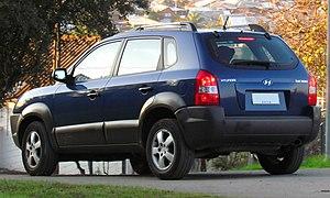Hyundai Tucson - Pre-facelift Hyundai Tucson GL (Chile)