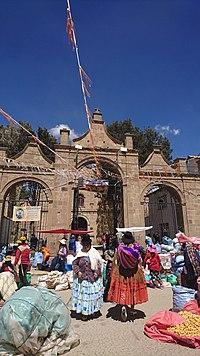 Iglesia de Viacha.jpg