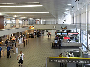 Jackson–Evers International Airport - Jackson–Medgar Wiley Evers International Airport main departures and ticketing hall