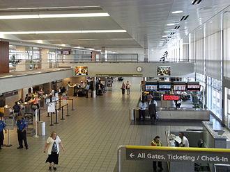 Jackson–Evers International Airport - Jackson–Medgar Wiley Evers International Airport main departures and ticketing hall