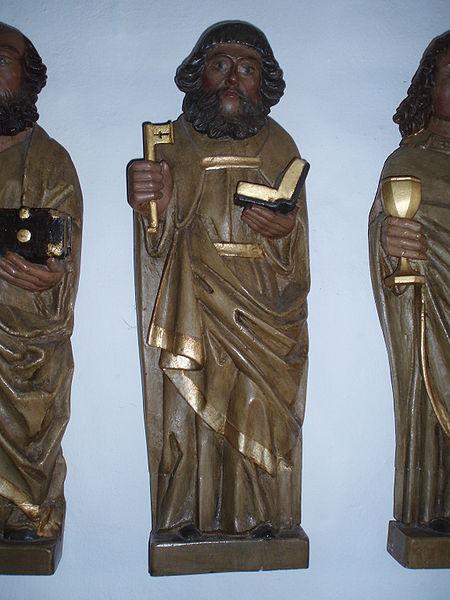 File:Jelling Kirke 10 Apostlen Peter.JPG