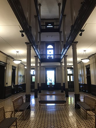 Jesse Hall - Image: Jesse Hall rotunda at the University of Missouri