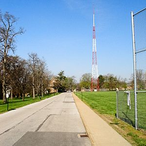 KFUO (AM) - KFUO tower and studios on the campus of Concordia Seminary, April 2007