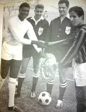 AS FAR (football) - Pierre Kalala and Driss Bamous during the return of the 1968 African Champions Cup semi-final, against the AS FAR, in January 1969 TP Englebert in Casablanca