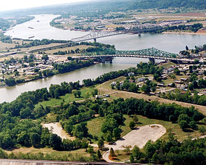 Point Pleasant, West Virginia - Point Pleasant (foreground) at the confluence of the Kanawha and Ohio Rivers. Gallipolis, Ohio is in the background right.