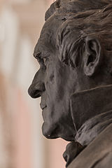 Karl Ludwig Arndts von Arnesberg (Nr. 20) - Bust in the Arkadenhof, University of Vienna - 0316.jpg