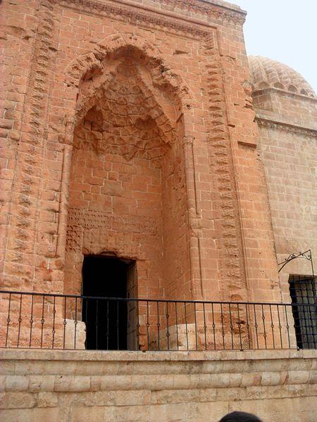 File:Kasımiye medrese, Mardin, Turkey.JPG