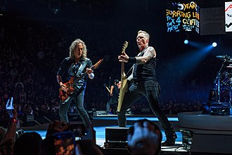 Kirk Hammett - Kirk Hammett and James Hetfield live in London 24 October 2017