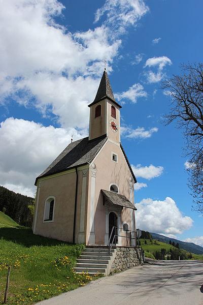 File:Kostenkapelle Assling.JPG