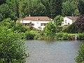 La hutte étang Vallée de l'Ourche.JPG
