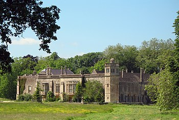 Lacock Abbey view from south1.jpg