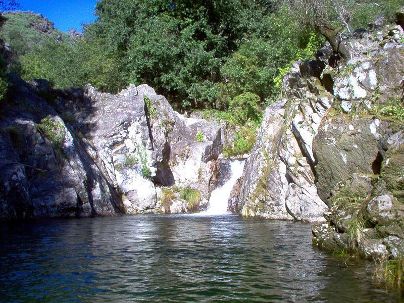 Imagem:Lagoa soajo.jpg
